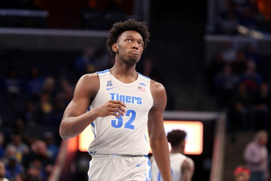 Memphis center James Wiseman comes down court during the first half against Illinois-Chicago on Friday.