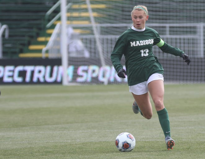 Madison's Taylor Huff, a 3-time All-American soccer player, is the No. 1 ranked athlete in the Richland 200 series.