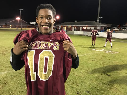 Northview running back Jaheem Durant reps the jersey of former teammates Dariontae Richardson, who passed away in February.