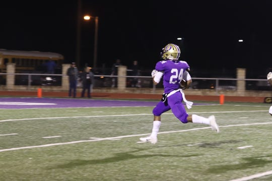 Ozona's Zachary Talamantez returned a kickoff for a touchdown against Hawley on Friday, Nov. 8, 2019.