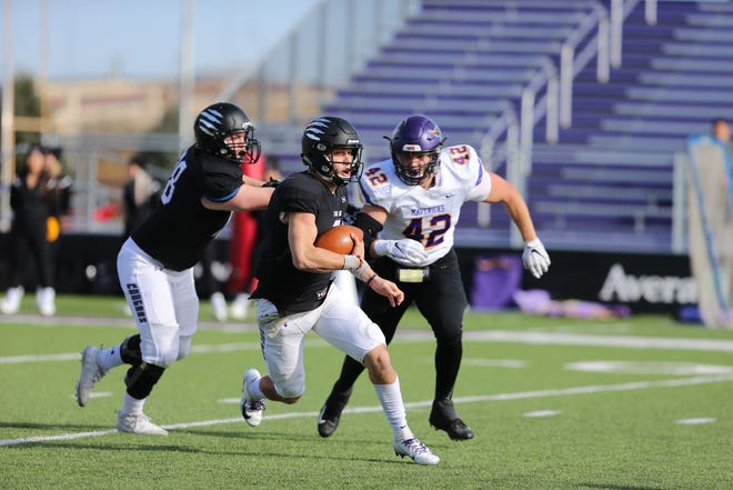 Caden Walters carries the ball against Minnesota State on Saturday, Nov. 9, 2019 at Bob Young Field.