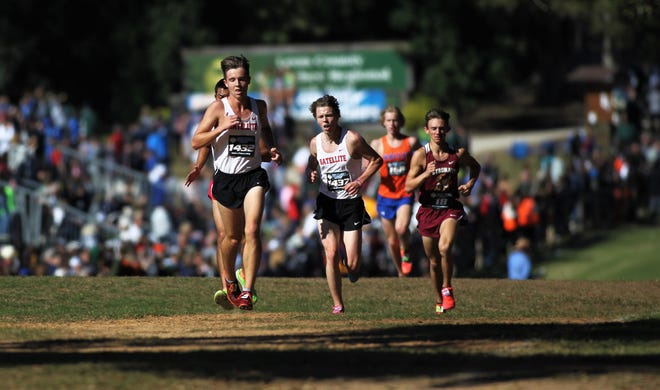 Class 2A boys race in the FHSAA Cross Country State Championships at Tallahassee's Apalachee Regional Park on Nov. 9, 2019.