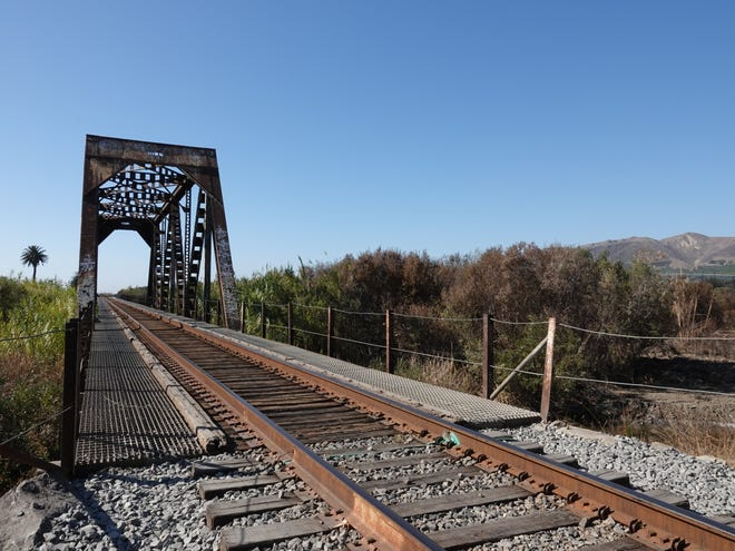 Railroad bridge over the Ventura River, just west of the Ventura County Fairgrounds.