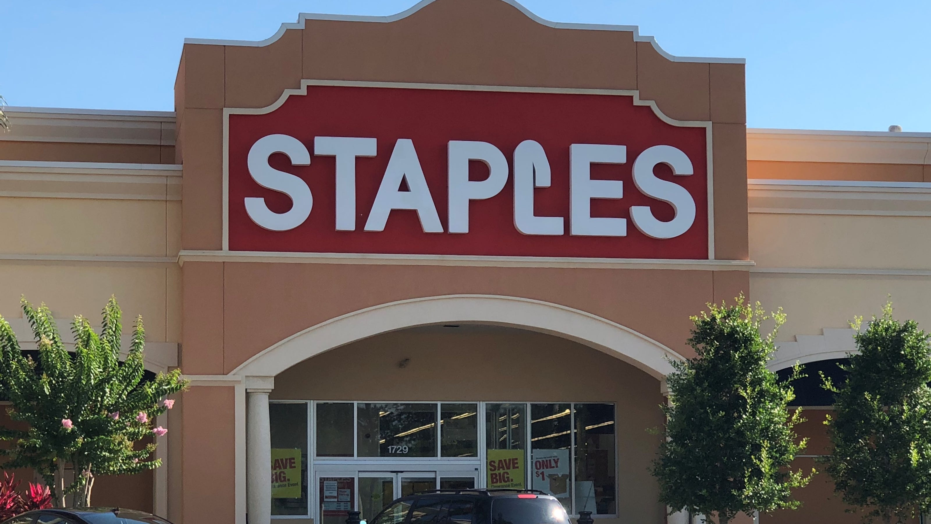 What Time Does Staples Open Today >> Staples Black Friday 2019 Apple Ipad Airpods Laptop Deals