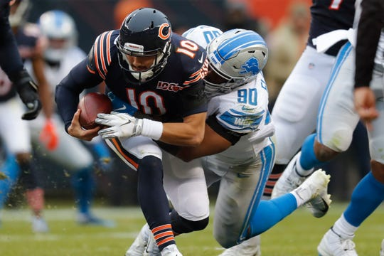 Lions defensive end Trey Flowers sacks Bears quarterback Mitchell Trubisky during the second half of the Lions' 20-13 loss on Sunday, Nov. 10, 2019, in Chicago.