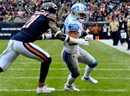 Bears safety Ha Ha Clinton-Dix defends Lions receiver Danny Amendola in the first half Nov. 10 in Chicago.