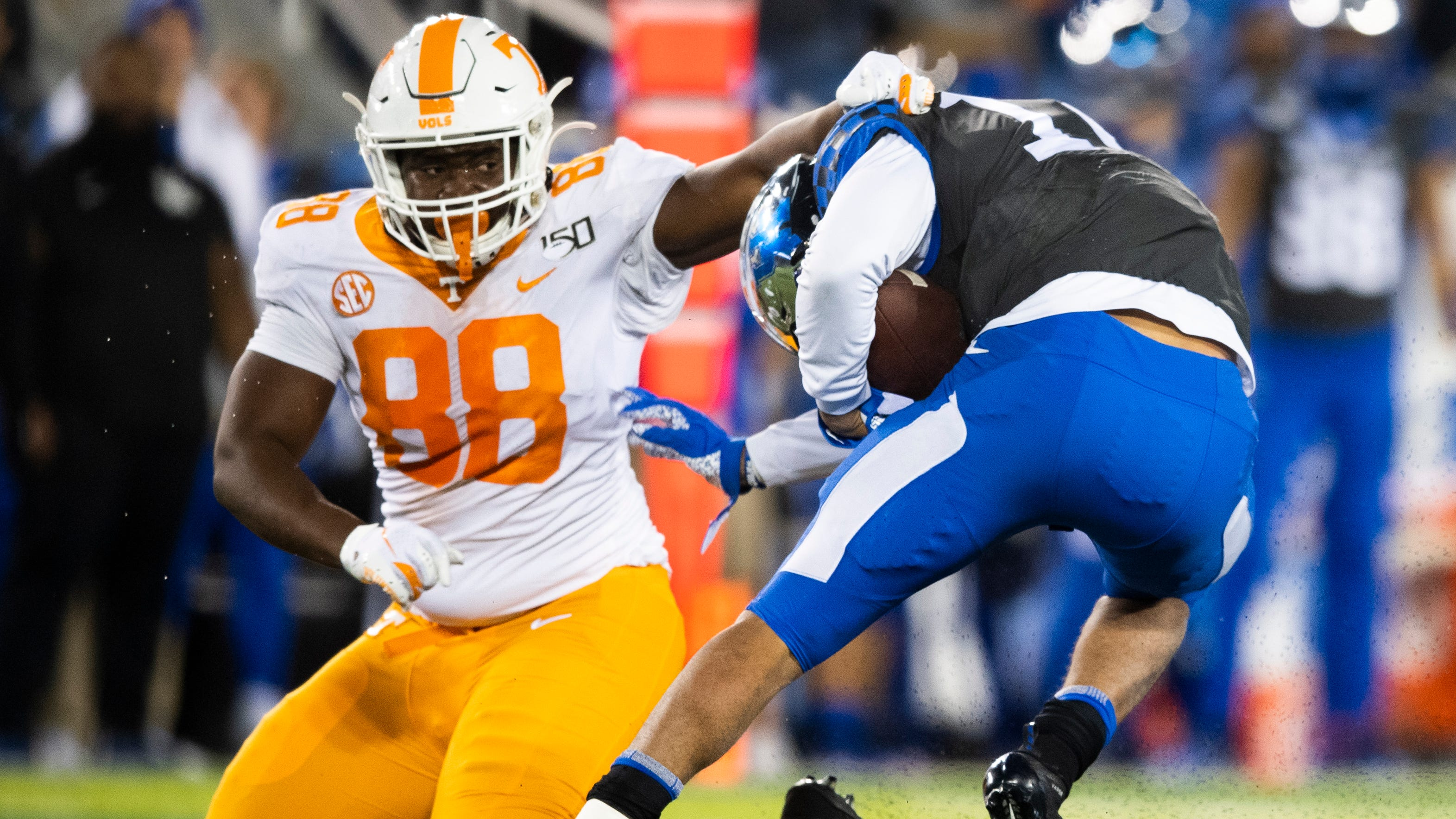 Tennessee-Kentucky football predictions: Vols usually have ...