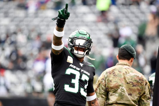 New York Jets safety Jamal Adams (33) on the field for warm ups before facing the New York Giants on Sunday, Nov. 10, 2019, in East Rutherford.
