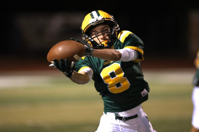 The Mayfield Trojans face off against the Carlsbad Cavemen at the Field of Dreams in Las Cruces on Nov. 9, 2019.
