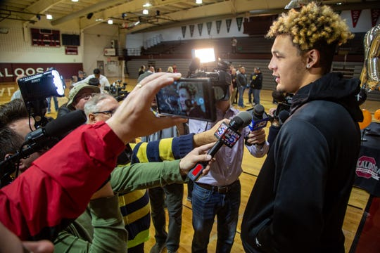 Oskaloosa basketball star Xavier Foster speaks to the media after announcing he's committing to Iowa State. Monday, Nov. 11, 2019.