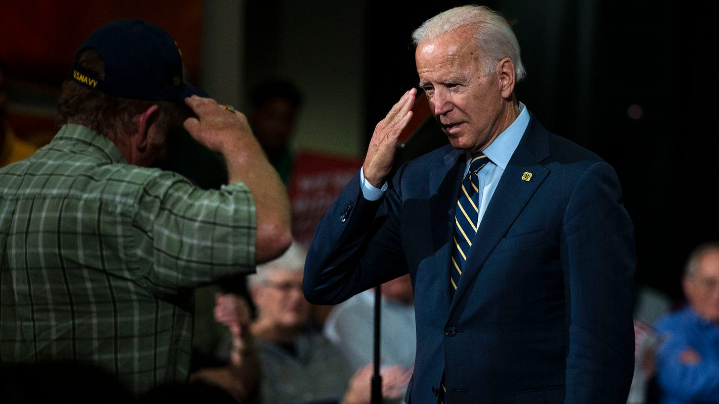 Joe Biden rolls out veterans policy on Veterans Day at Oskaloosa town hall