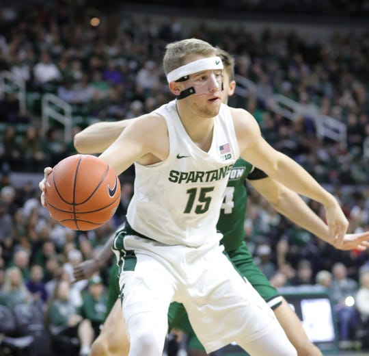 Michigan State's Thomas Kithier passes against Binghamton during the first half Sunday, Nov. 10, 2019 at the Breslin Center.