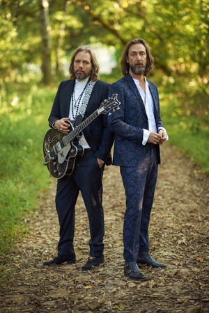 The Black Crowes, featuring once-estranged brothers Rich (left) and Chris Robinson, are reuniting for their first tour since 2013.