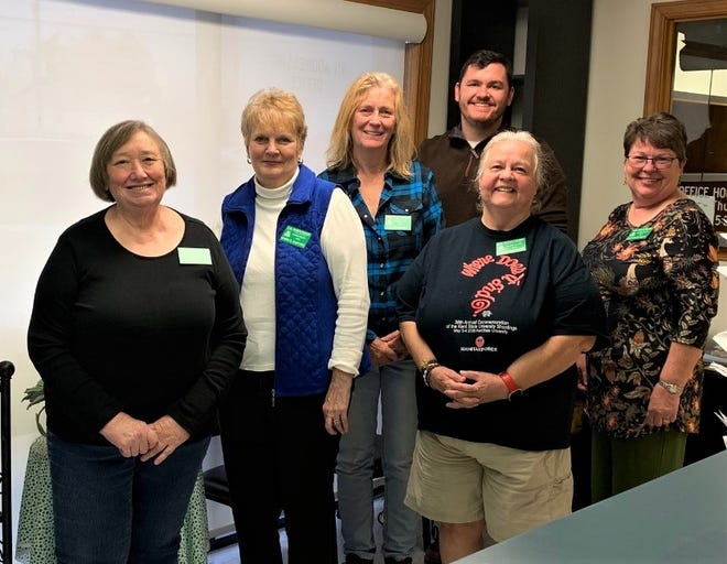Five Baxter County residents recently completed Master Gardener new member training through the Baxter County Extension Office. Pictured are: (from left) Anita Derrick, Karen Radford, Jo Bracken, Baxter County Extension Agent Brad Runsick, Mary O'Shields and Jami Huisjen Scott.