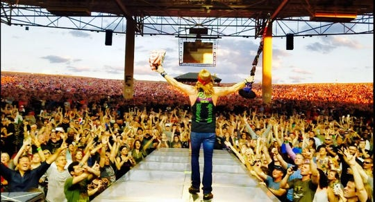 Bret Michaels in concert.