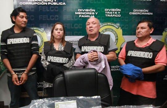 Miembros del Tribunal Electoral de Bolivia fueron arrestados, acusados de fraude.