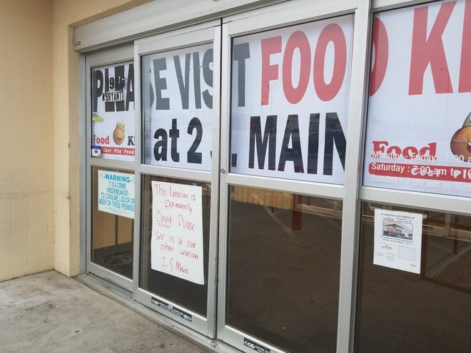 Signs on San Angelo's north side Food King announce the location is permanently closed on Monday, Nov. 11, 2019.