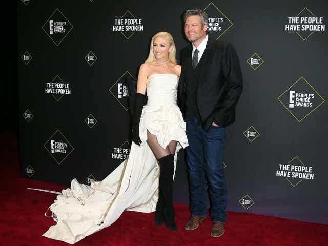 People S Choice Awards Gwen Stefani On Date Blake Shelton S Style