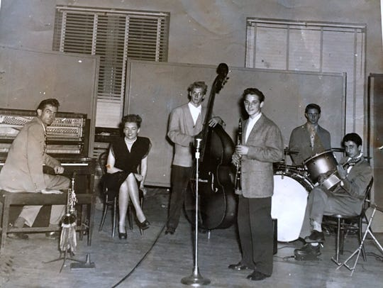 As a high school student in Long Beach, California, clarinet player Dick Waller was the leader of a jazz ensemble called Dick Waller and his Rhythmacs. Waller, who went on to become the principal clarinetist in the Cincinnati Symphony Orchestra, is the third from the right.