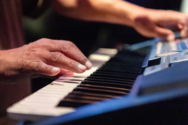 The Grouse Room hosts Dueling Pianos weekly.