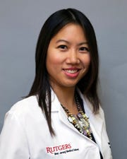 Mina Le, M.D., Otolaryngologist, Rutgers New Jersey Medical School at  Bergen New Bridge Medical Center