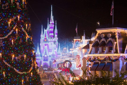 "ABC kicks off the holidays with ""The Wonderful World of Disney: Magical Holiday Celebration,"" Thursday, Nov. 28 (8 p.m. EST) on ABC; followed by ""Disney Channel Holiday Party at Walt Disney World"" on Friday, Dec. 13 (8 p.m. EST) on Disney Channel and in the DisneyNOW app. Then, the ""Disney Parks Magical Christmas Day Parade"" airs Christmas morning, Wednesday, Dec. 25 (10 a.m. EST); airtimes vary, check listings."
