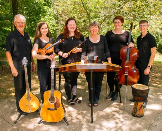"Performing traditional holiday tunes and carols with a Celtic flair, Red River Breeze will present ""Joy to the World!"" at the Roxy Regional Theatre on Sunday, December 8, at 2:00pm."