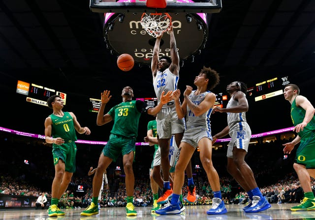 James Wiseman had a slow start, but quietly had a strong second half, as he had a fairly good game against Oregon. (Photo: Joe Rondone/Commercial Appeal.)
