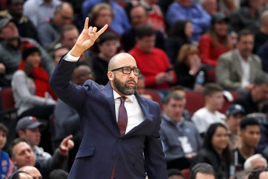 New York Knicks head coach David Fizdale signals a play during the first half of an NBA basketball game against the Chicago Bulls Tuesday, Nov. 12, 2019, in Chicago.
