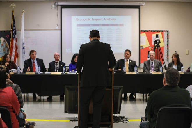 The Las Cruces City Council listens to a presentation regarding minimum wage during a work session held at Lynn Middle School on Tuesday. Statewide, base pay rises to $9 an hour on Jan. 1, 2020. In Las Cruces, minimum wage rises to $10.25.
