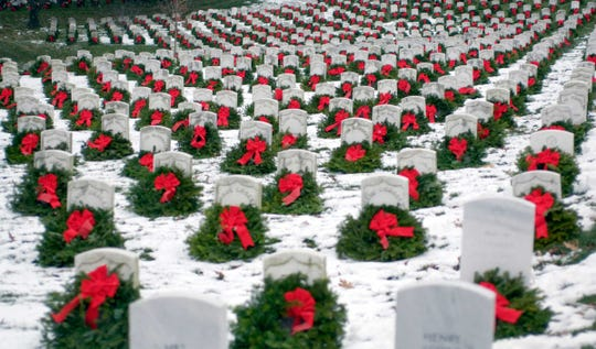 Wreaths will be places at Desert Memorial Park Cemetery on Dec. 14.