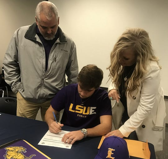 Airline's Bryson Connell signs with LSU-Eunice in Wednesday morning.