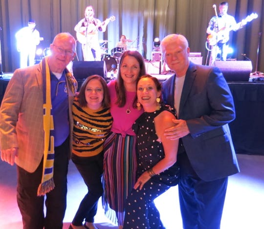 """Jeff Donnes, of Thibodaux, Margaret Thompson, of Baton Rouge, Sarah Frances Trampe, of Dallas, Anne Scarborough, of New Orleans,  the late Anne Higdon's daughters, Bobby Donnes, of Slidell. at """"Louisiana Saturday Night."""""""
