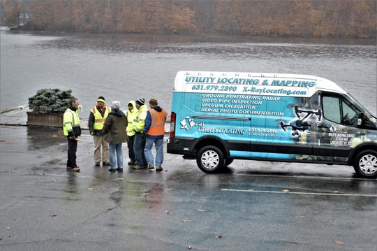 The town's investigators with a Long Island company left the restaurant site on Lake Mahopac not long after arriving.