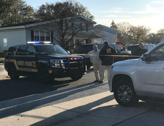"The New Castle County Police Department's bomb squad is helping the State Fire Marshal's Office investigate a ""suspicious device"" in Hillside Heights in Ogletown, police said."