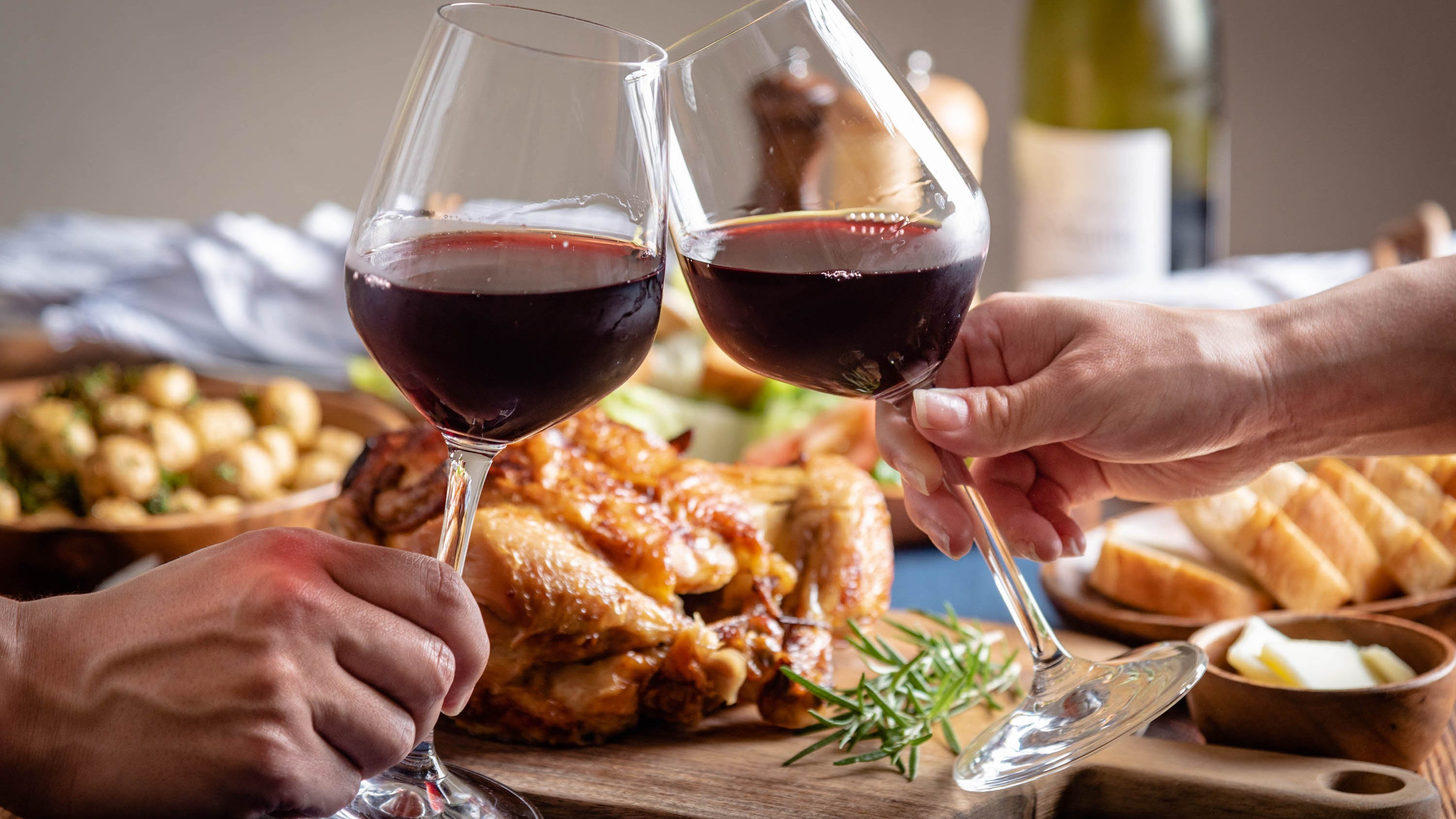 Thanksgiving Wine Pairing Tips What To Drink With Turkey More