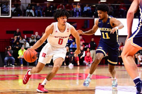 Geo Baker handles for Rutgers against Drexel