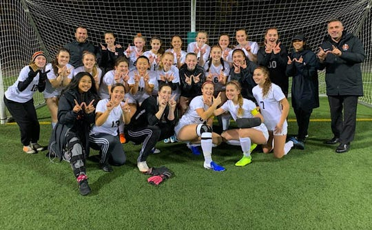 Central Kitsap's girls soccer team beat Seattle Prep in a shootout Wednesday to advance to the quarterfinals of the Class 3A state tournament.