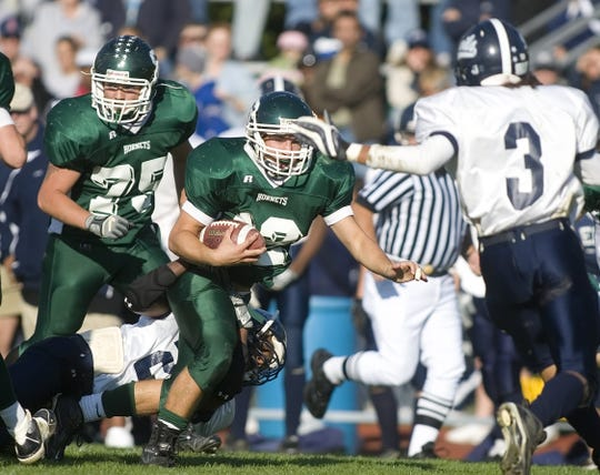 Southside's Mike Ficarro runs during the fourth quarter against Elmira Free Academy in 2007.