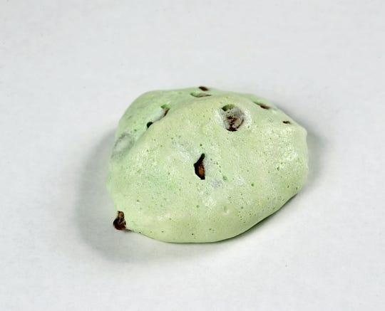 Mint Chocolate Chip Snowballs put a popular ice cream flavor into a meringue cookie.