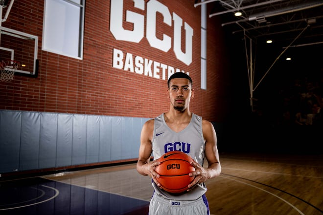 Former Chandler Hamilton star Rashad Smith of Pima College signed with Grand Canyon University.
