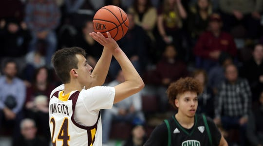 Iona forward Dylan Van Eyck finished with a game-high 13 rebounds in the win over Manhattan on Friday night.