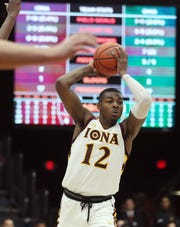 Iona senior Tajuan Agee supplied 16 points in the win over Manhattan on Friday night.