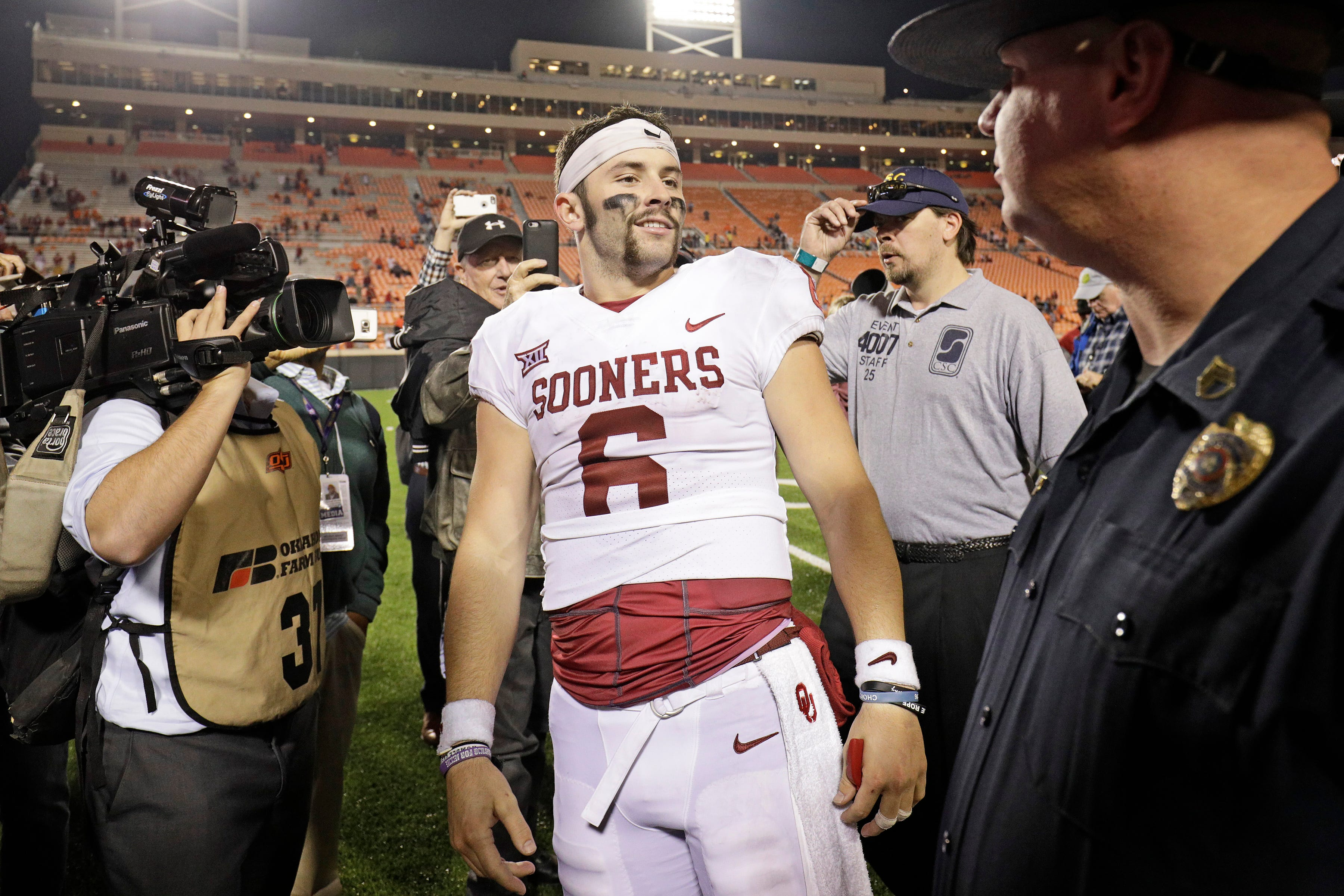 Browns' Baker Mayfield, Steelers' Mason Rudolph renew college rivalry on Thursday Night Football