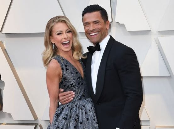 Kelly Ripa praised husband Mark Consuelos who was named one of People magazine's Men of the Year in its Sexiest Man Alive 2019 issue.