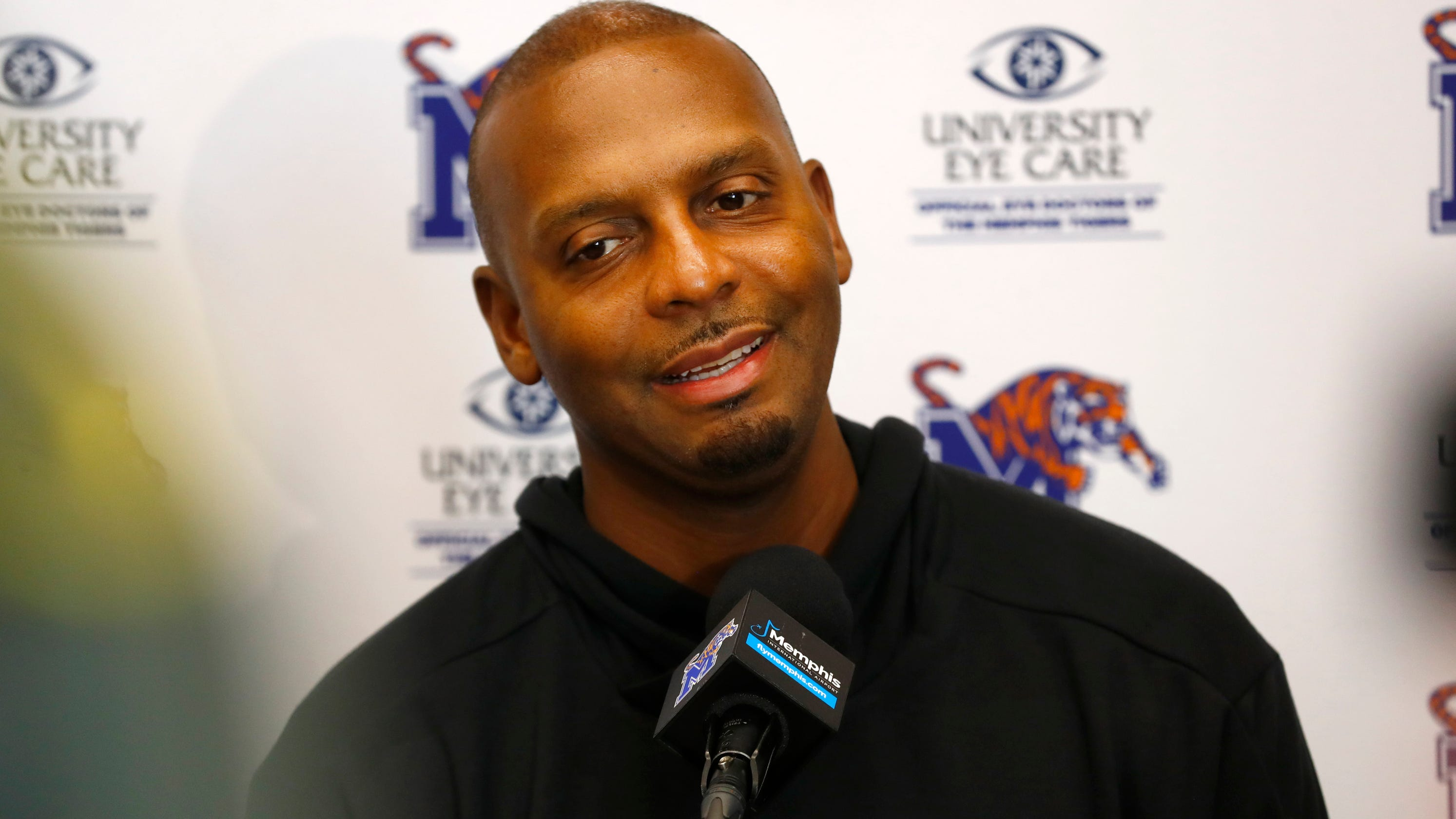 Penny Hardaway challenges Ja Morant, Tracy McGrady, Yo Gotti and others to 'pledge to vote' in November