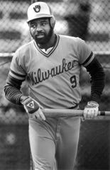 1980: Left fielder Larry Hisle wearing the away uniform. The pullover jersey features a script font that lacks the industrial influence of the arched home-jersey lettering.