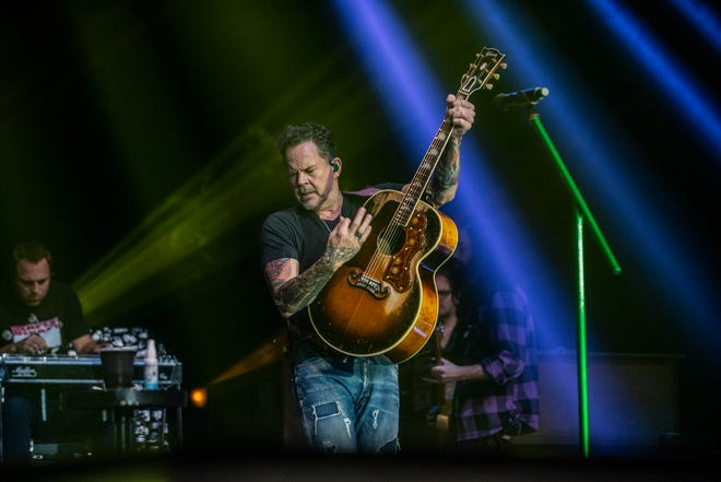 Gary Allan performs at the Montgomery Performing Arts Centre on Friday, Nov. 8, 2019.