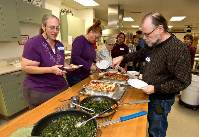 Las Cruces Kitchen Creations participants in 2016 enjoy the healthy meal they prepared. Kitchen Creations, a cooking program offered by New Mexico State University's Cooperative Extension Service, has been featured by the American Diabetes Association's Diabetes Support Directory, a free online tool that connects people to much-needed diabetes support programs.