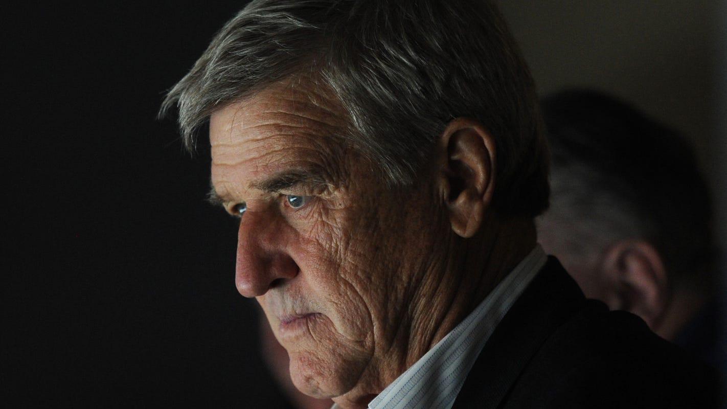 Hockey legend Bobby Orr calls firing of analyst Don Cherry disgraceful